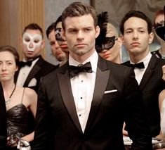 Elijah Vampire Diaries, Vampire Diaries The Originals, Elijah The Originals, Natalia Tena, Vampire Diaries Wallpaper, Supernatural Beings, Original Vampire, Daniel Gillies, Evan Peters