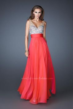 La Femme 18669 at Prom Dress Shop