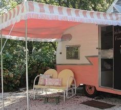 Love the candy stripe awning, perfect for Pompadour Palace pop up shop :)