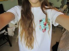 floral pocket t-shirt Looks Style, My Style, Tumblr Quality, Summer Outfits, Cute Outfits, Cute Shirts, Swagg, Zine, Diy Clothes