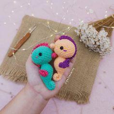 Cute Crochet, Crochet For Kids, Crochet Crafts, Crochet Ideas, Crochet Hooks, Crocheting Patterns, Crochet Patterns Amigurumi, Yarn Animals, Japanese Crochet