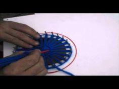 Tapete de lana artesano, hecho con bastidor de madera. - YouTube