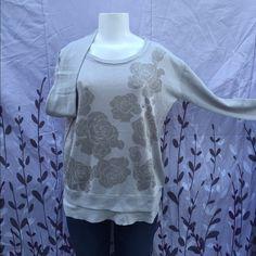 ❤️❤️Floral print sweater❤️❤️❤️ Floral print crew sweater Aeropostale Sweaters Crew & Scoop Necks