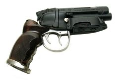 the blade runner pistol used by Harrison Ford.