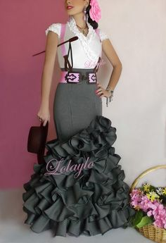 Grey Sevillana skirt with braces Sexy Dresses, Dress Outfits, Nice Dresses, Cool Outfits, Fashion Dresses, Fancy Gowns, Fancy Dress, Dress Up, Classy Dress