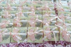 New Jersey %26 California Cookie Favors    Photography: Troy Grover…