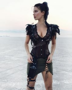 Ideas For Photography Fantasy Men Burning Man Burning Man Style, Burning Man Girls, Burning Man Fashion, Burning Man Outfits, Festival Mode, Festival Looks, Festival Outfits, Festival Fashion, Style Nomade