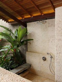 Tropische badkamer.