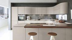 Pedini italiaanse meubels voorzichtig naar nieuw evenwicht vind