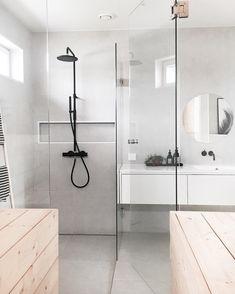 Get rid of the stains Zen Bathroom, Modern Bathroom Decor, Bathroom Toilets, Bathrooms, Bad Inspiration, Bathroom Inspiration, Design Your Own Bathroom, Interior Decorating, Interior Design