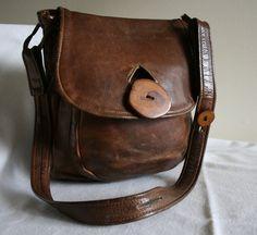 Vintage 70's Distressed Brown Leather Hippie BOHO Shoulder Bag/Purse.
