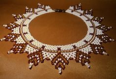 Free pattern for beaded necklace Sandal