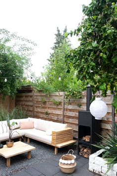 Terrace Gardening – Different Garden Design Backyard Landscaping, Pergola Patio, Landscaping Ideas, Small House Exteriors, Garden Design Plans, Terrace Garden Design, Outdoor Living, Outdoor Decor, Garden Inspiration