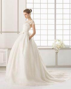 Blog OMG I'm Engaged - Vestido de Noiva Rosa Clará. Wedding dress.