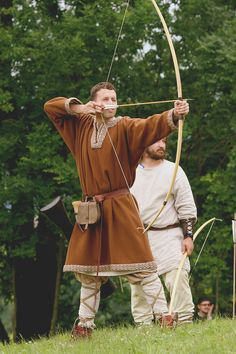 west-slavs:    Costume of Slavonic man, c. 9th-11th centuries. Photo shot during the medieval festival    in Curia Vítkov,   Czech Republic [source].