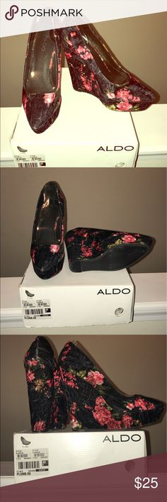 Aldo flowery wedge Black, red and white flowery Aldo wedge Aldo Shoes Wedges