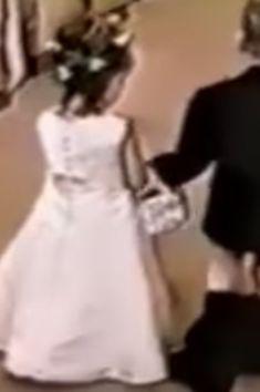 10 vídeos HILÁRIOS de daminhas de honra e pajens que roubaram a cena em cerimônias de casamento
