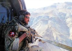 The Green Berets (officially known The United States Army Special Forces) are masters of unconventional warfare (guerrilla warfare Air Force Special Operations, Special Operations Command, Special Ops, Special Forces, Military Police, Army, Military Art, Military Green, Close Air Support