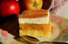Že med samo kuho sočnih jabolčnih rezin bo po vaši hiši prijetno dišalo. Ko se boste pa z njimi sladkali, boste predli od prefinjenih okusov in arom.
