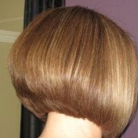 The Graduated Bob Hairstyles: Graduated Bob Haircuts Pictures Inverted Bob Hairstyles, Medium Bob Hairstyles, Short Bob Haircuts, Straight Hairstyles, Hairstyles Haircuts, Stacked Haircuts, Blonde Hairstyles, Bob Haircut Back View, Bob Haircut For Girls