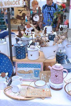 Jako motýl... Ceramic Art, Children, Kids, Ceramics, Child, Babys, Ceramica, Babies, Ceramic Pottery