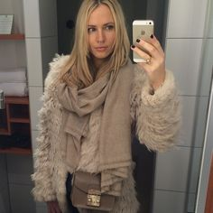 """""""Off to dinner at #longmarchcanteen with @cover_pr & @kate_gelinsky  #mbfwb #fashionweekberlin #lesattitudestravel Cashmere Scarf by #Capraciel"""""""