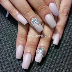Matte coffin nails with bling