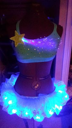 Omg a rave outfit with leds in the tutu! Rave Festival Outfits, Festival Gear, Festival Fashion, Edc, Rave Ready, Rave Girls, Rave Costumes, Edm Outfits, Dress Up