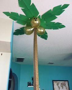 diy palm trees for our Moana birthday Luau Moana Themed Party, Moana Birthday Party, Wild One Birthday Party, Luau Birthday, Dinosaur Birthday Party, Luau Party, First Birthday Parties, Birthday Party Themes, Moana Party