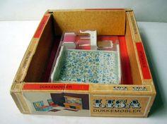 VINTAGE 1970's DOLLS HOUSE LUNDBY LISA DENMARK - BEDROOM - CHAMBRE