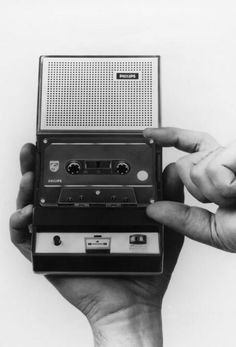 EL3300 from 1963 by Philips - first compact cassette recorder. #philips #history