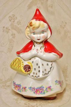 Vintage Hull Ware Little Red Riding Hood Ceramic Cookie Jar #967