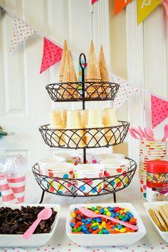 Cones & cups/bowls for an ice cream sundae bar Colorful Ice Cream, Bar A Bonbon, Mantecaditos, Ice Cream Social, Graduation Diy, Graduation Party Desserts, Graduation Decorations, Festa Party, Icecream Bar