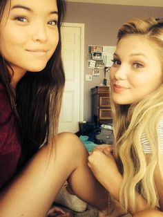 olivia holt selfies - Google Search