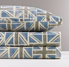 saw these in person today and loved them! i need a sale! {european union jack jersey sheet set}