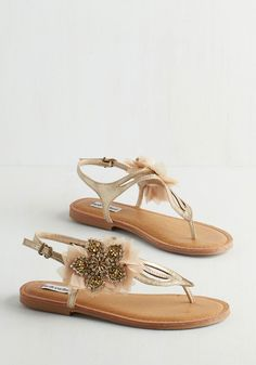 Flat's the Spirit! Sandal in Gold. Who needs a date when these metallic gold sandals are your plus one for the party? #gold #modcloth