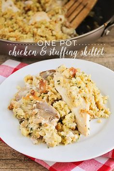 25 One Pot Meals perfect for the busy working, soccer, stay-at-home mom. Delicious quick dinners for the family on the go.