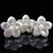 10 unids corea moda joyería de la boda accesorios para el cabello el cinco hermosa pétalos de perlas cristal flor del pelo se pega para la señora(China)