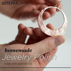 DoTerra This easy jewelry polish made with essential oils can be made at home and can help bring the shine and sparkle back to your favorite accessories. Diy Jewelry Polish, Cleaning Silver Jewelry, Clean Gold Jewelry, Gold Jewellery, Essential Oils Cleaning, Essential Oil Uses, How To Clean Silver, Doterra Essential Oils, Natural Cleaning Products