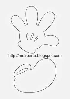 Mickey hand and foot Natal Do Mickey Mouse, Mickey E Minnie Mouse, Fiesta Mickey Mouse, Theme Mickey, Mickey Mouse Christmas, Mickey Party, Mickey Mouse Clubhouse, Mickey Mouse Birthday, Disney Christmas Decorations
