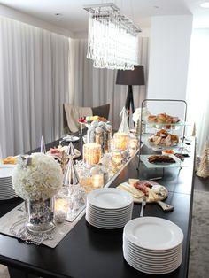 Decoração De Mesa De Natal Estilo Buffet · Food DecorationBuffet  TablesHoliday ...
