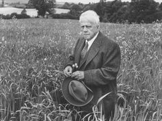 Robert Frost: Rejected by US publishers, the poet went to London where, with the help of Ezra Pound, his first book was released in 1913. By the time he came home, his verses on rural New England had won him fans on both sides of the ocean. Despite his celebration of the farming life, it really wasn't for him: Frost milked his cows as night so he could snooze in the morning.