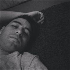 By sir_cid: Alfombra nueva para poder dormir en el piso :D feliz #8bits #instasantiago #instachile #floor #alfombra #8bits #microhobbit