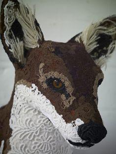 Foxy face commission...textile taxidermist. Beautiful work. Textile Sculpture, Soft Sculpture, Textile Art, Sculptures, Lion Sculpture, Deer Art, Moose Art, Wet Felting, Needle Felting