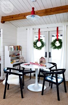House tour: A traditional red and white Christmas - Style At Home