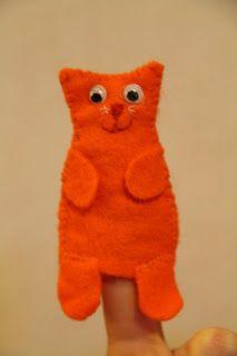 Dikkie Dik Hand Puppets, Felt Crafts, Crochet Toys, Baby Toys, Dinosaur Stuffed Animal, Crafts For Kids, Workshop, Creations, Textiles