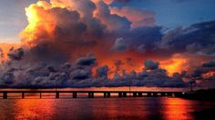Spectacular Florida sunset in the Keys