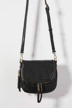 Davis Crossbody Bag - Davis Crossbody Bag by Anthropologie in Black Size: All, Bags Source by anthropologie Black Crossbody Purse, Cute Crossbody Bags, D 20, Black Purses, Black Bags, Party Bags, Black Cross Body Bag, Cloth Bags, Luxury Bags