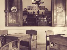 Indichetafel cafe, a place where you can go back to 1950s