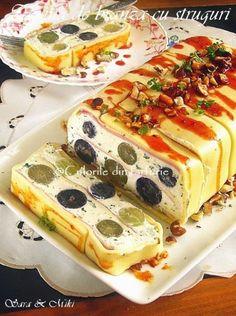 » Terina de branza cu struguriCulorile din Farfurie Mini Appetizers, Party Sandwiches, Romanian Food, Food Festival, Food Art, French Toast, Deserts, Good Food, Food And Drink